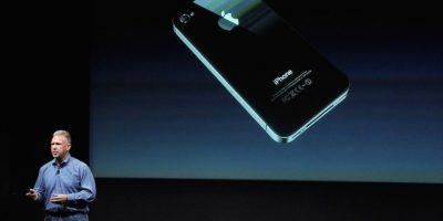 El nuevo sistema operativo de Apple está optimizado para pantallas de gran tamaño, como las 5.5 pulgadas del iPhone 6 Plus, las 4.7 del iPhone 6 y hasta las 4 pulgadas del iPhone 5; pero el iPhone 4s apenas llega a las 3.5 pulgadas en diagonal y los gráficos comenzarían a verse extremadamente ajustados. Foto:Getty Images