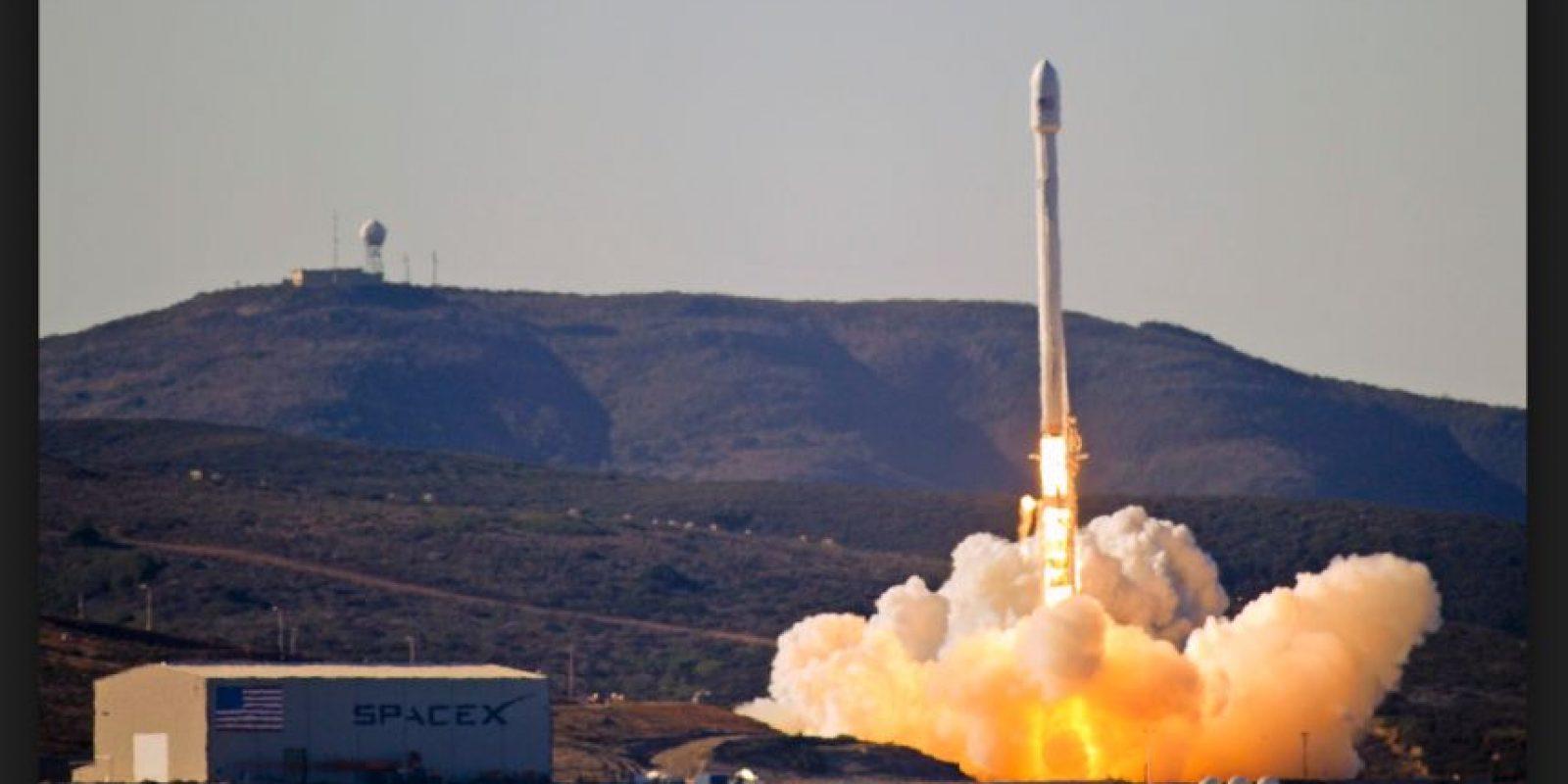 El prototipo de un cohete Falcon 9, de la compañía SpaceX, sufrió un accidente durante un vuelo de prueba Foto:Wikicommons