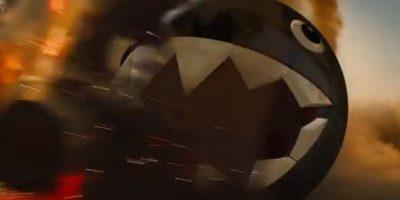 La bola gigante con dientes es un enemigo clásico en los juegos de Mario Bros Foto:Kris Sundberg/YouTube