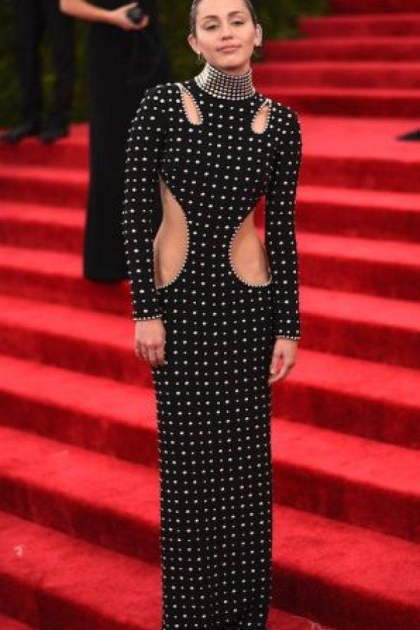 La cantante lleva el récord por ser la estrella pop más buscada en Internet. Foto:Getty Images