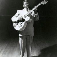 Es el tercer mejor guitarrista de todos los tiempos, según la revista Rolling Stone Foto:vía facebook.com/bbking