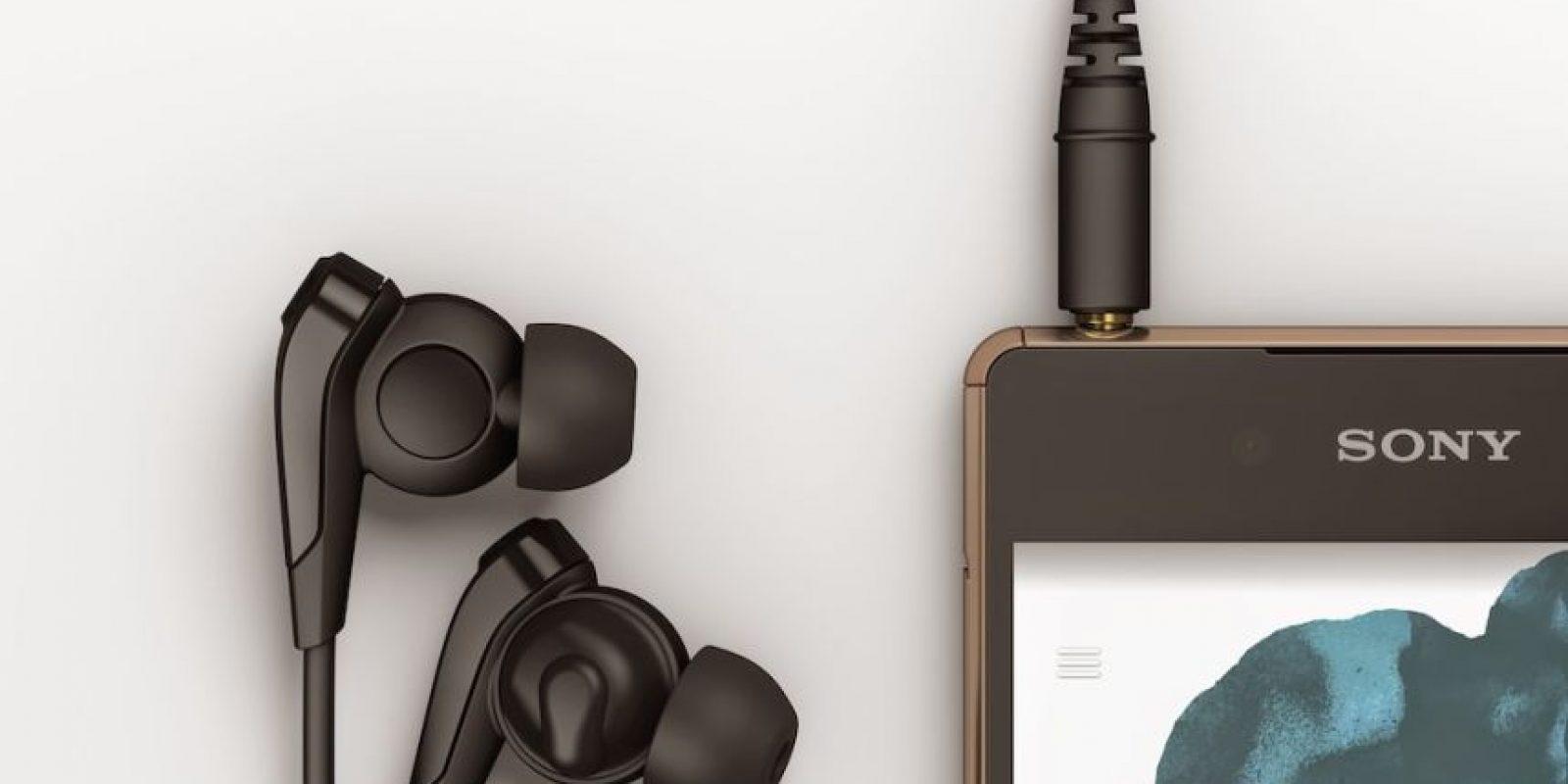Disponible en colores blanco, negro, cobre y verde agua. Foto:Sony