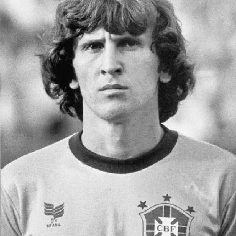 """La máxima estrella del fútbol brasileño en la década de los ochenta no pudo ganar la Copa América de 1979, la única que disputó a lo largo de su carrera. En este certamen, la """"Verdeamarehla"""" cayó ante Paraguay en la semifinal. Foto:Getty Images"""