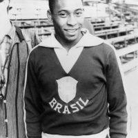 """""""O'Rei"""" ganó tres Mundiales… pero ninguna Copa América, aunque sólo pudo disputar una edición. Fue la de 1959 en la cual se coronó Argentina aunque Pelé había sido la figura y goleador del torneo con ocho tantos. Foto:Getty Images"""