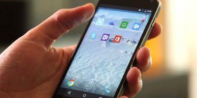 Puede interactuar con aplicaciones de terceros para abirlas o enviar algún mensaje. Foto:Microsoft