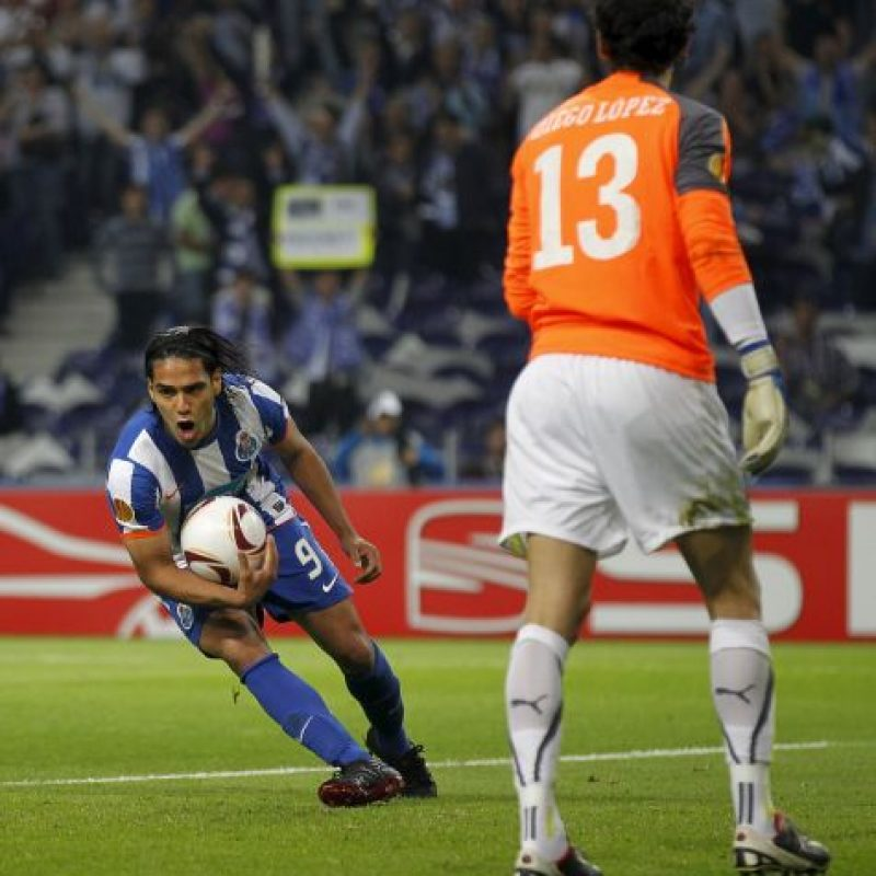 En 2011 en un duelo entre el Porto y Villarreal de las semifinales de la Europa League. Foto:Getty Images