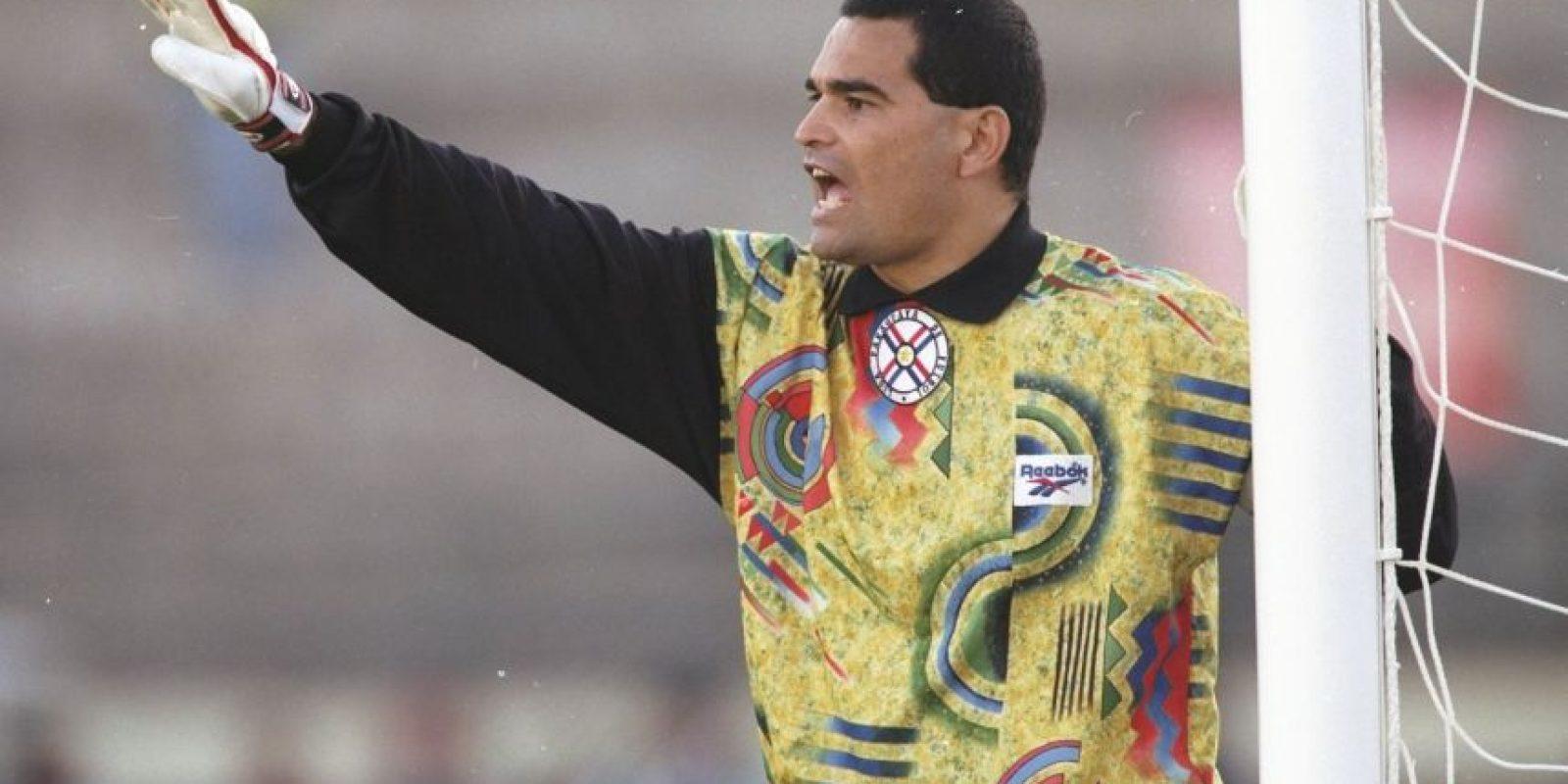El símbolo de Paraguay en la década de los noventa, nunca pudo ganar la Copa América en las tres ediciones en que participó (1991, 1993 y 1997). En 1991 Paraguay quedó fuera en la primera ronda y en los dos torneos restantes, perdieron en cuartos de final ante Ecuador y Brasil. Foto:Getty Images