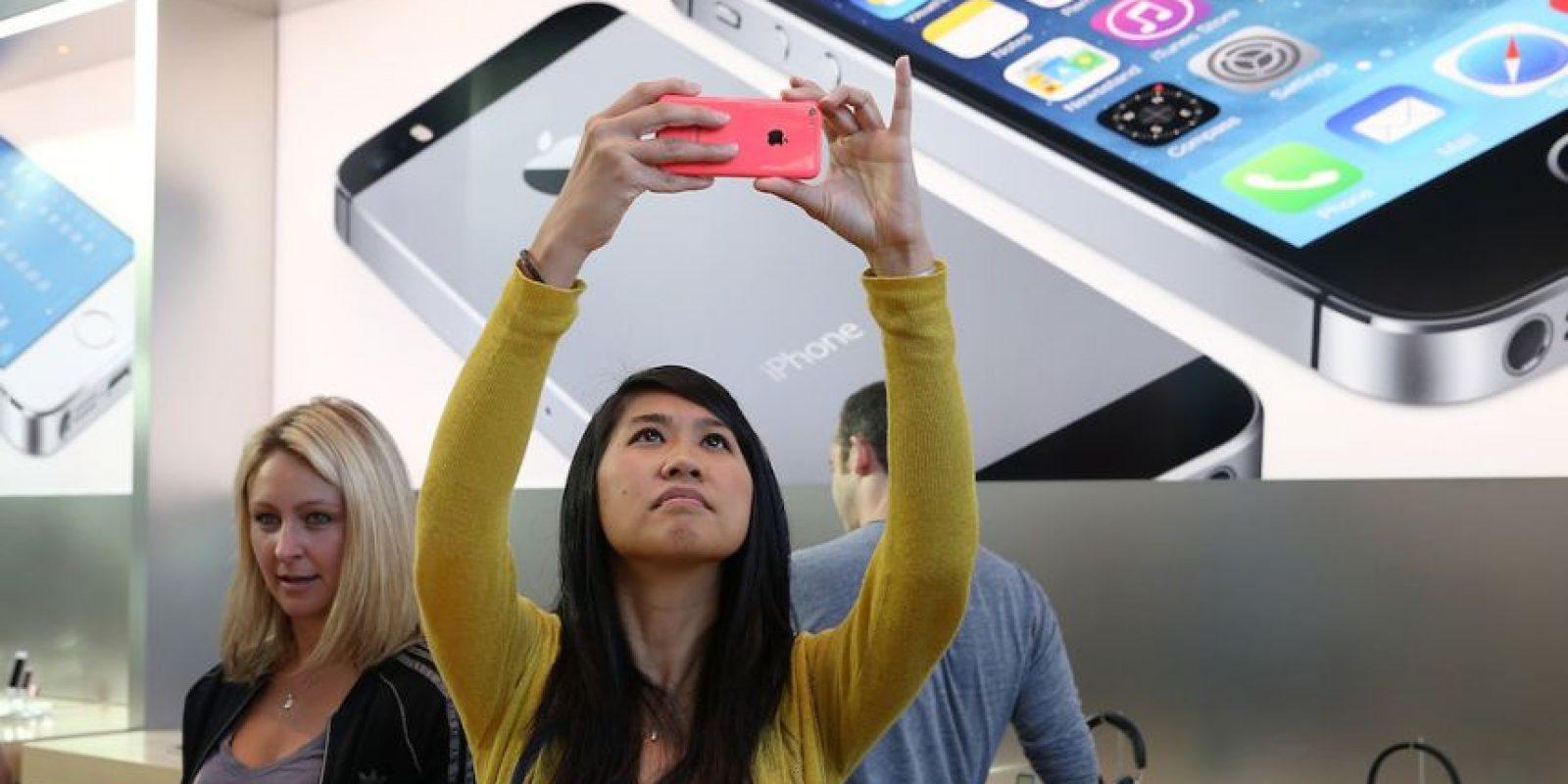 1) En mayo de 2015, una niña de 12 años de Filadelfia, Estados Unidos, sufrió quemaduras de segundo grado por culpa de su iPhone 5c. Su mamá se lo regaló en noviembre pasado para estar en comunicación. Foto:Getty Images