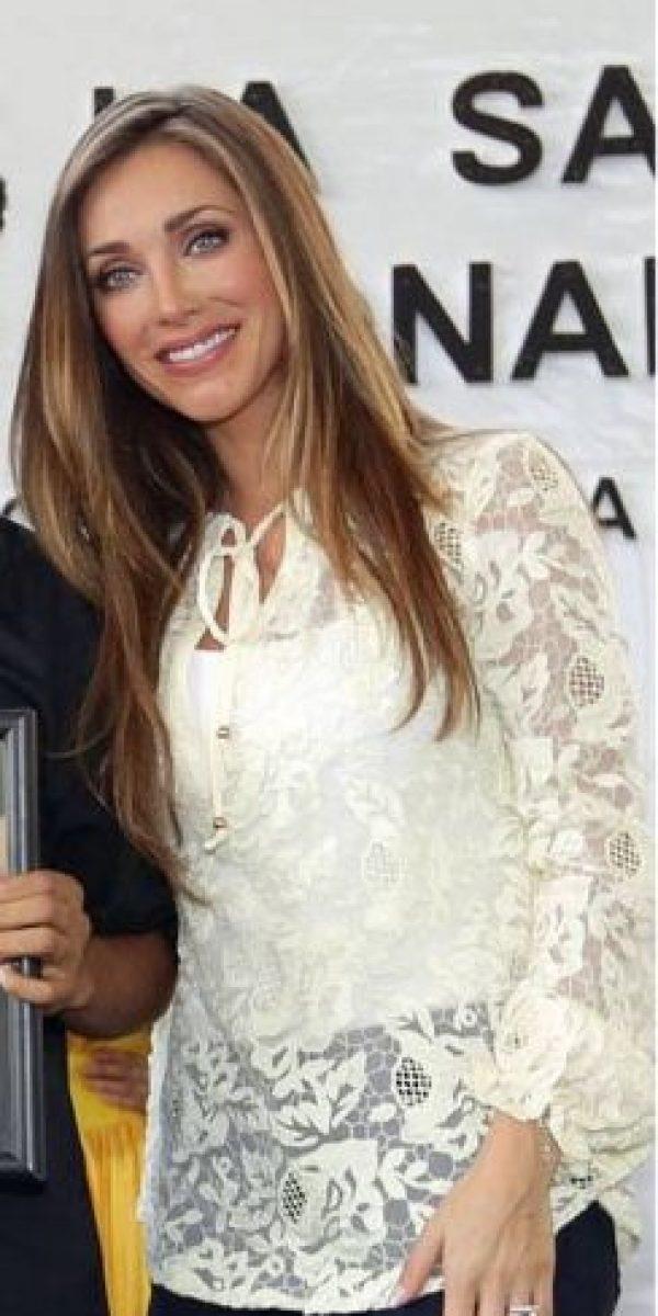 Y vimos a Anahí muy diferente, si la comparamos con las fotos que usó para promocionar su nueva canción Foto:Vía facebook.com/manuelvelasco
