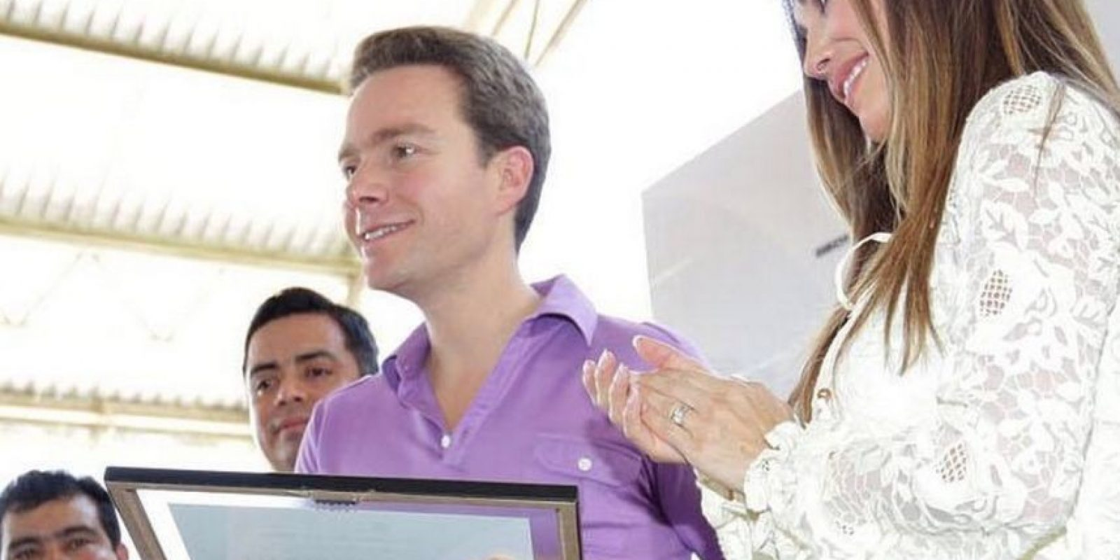 Así luce Anahí un mes después de su boda con Manuel Velasco Foto:Vía facebook.com/manuelvelasco