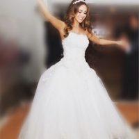 Así lució la cantante el día de su boda Foto:Vía instagram.com/anahiofficial/