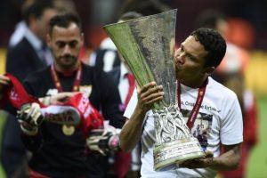 El colombiano marcó un doblete en la final de la Europa League. Foto:Getty Images
