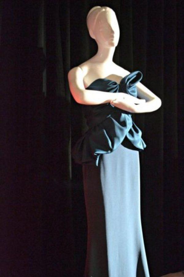 O ¿qué tal un vestido con esta silueta? Foto:vía Harrod´s