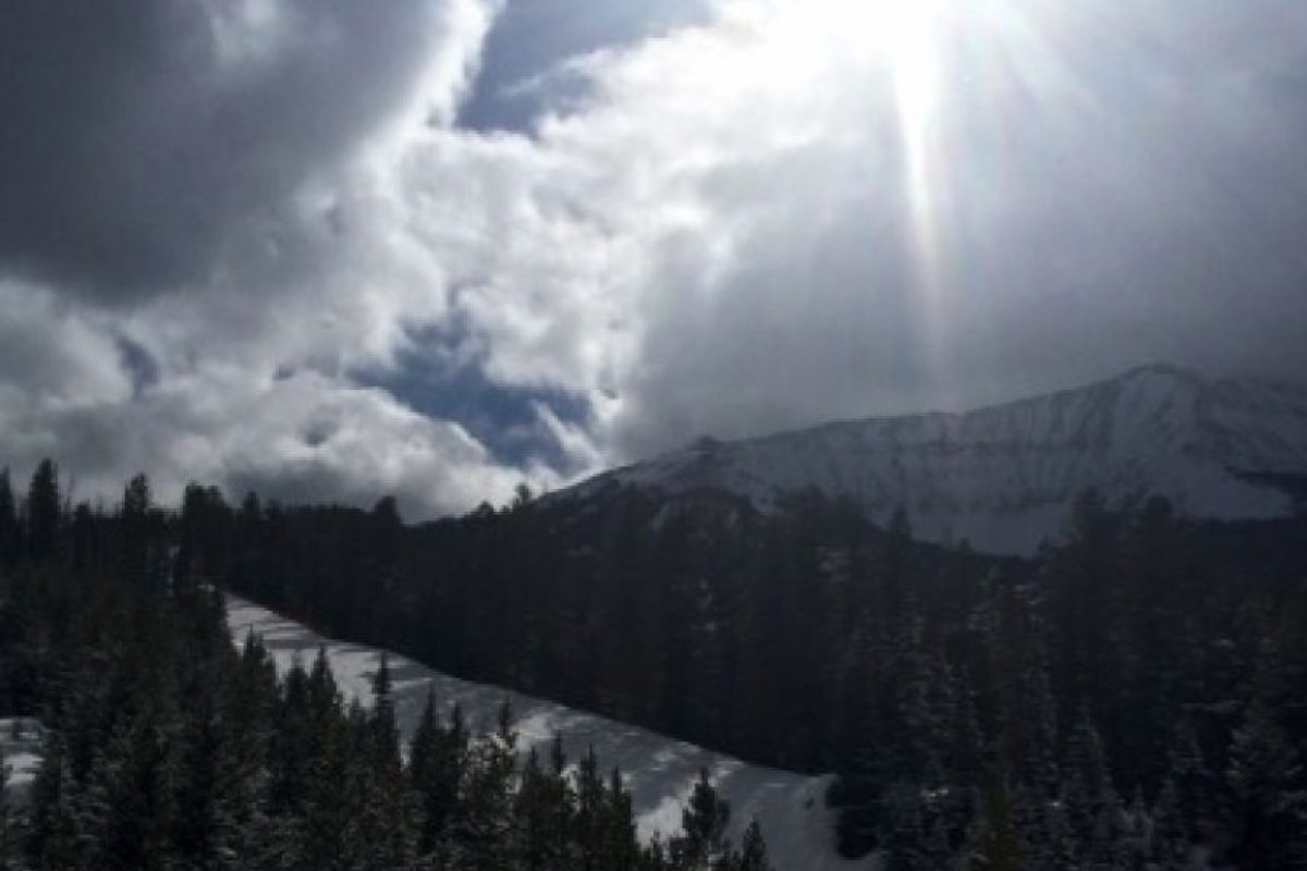Antes del accidente, Kim compartió esta imagen del paisaje Foto:vía twitter.com/kimkardashian