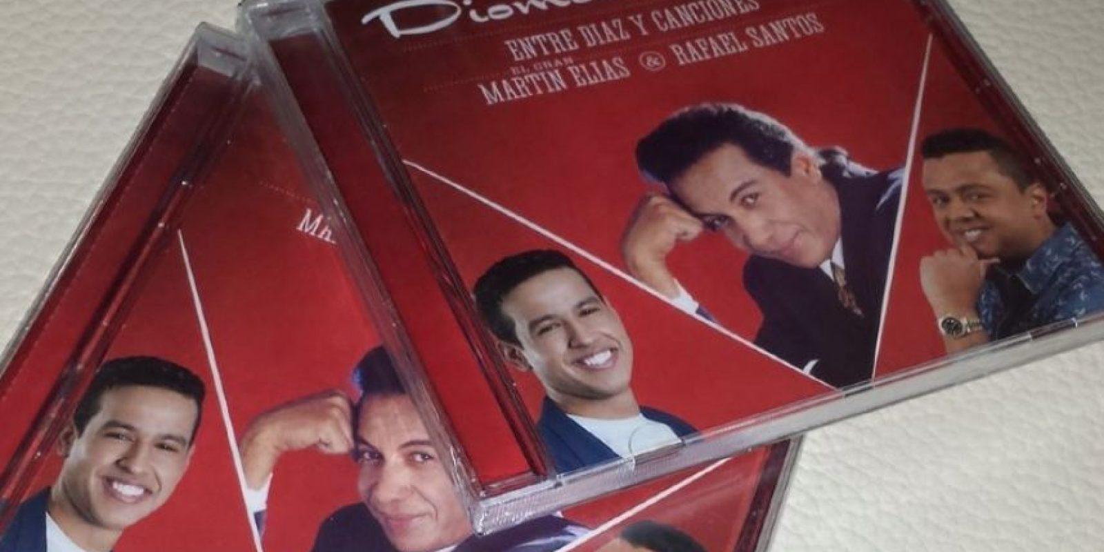 Además lanzaron el disco entre Díaz y canciones. Foto:Facebook Diomedes Díaz