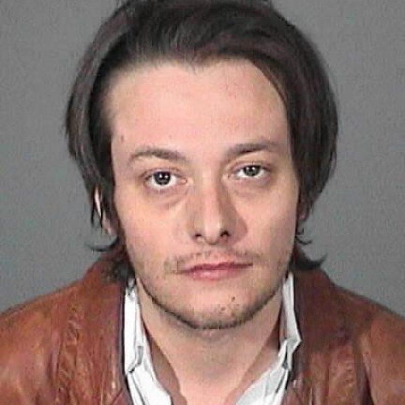 En 2013 fue arrestado por lo mismo, pero esta vez por pegarle a su novia de entonces, Mónica Keena. Foto:vía Getty Images
