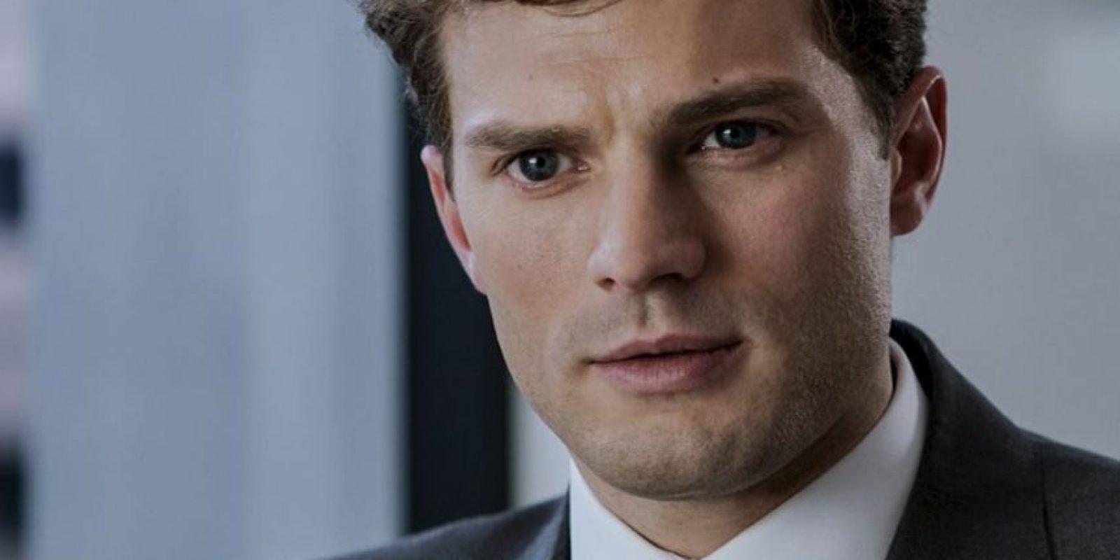 """Parece ser que Universal le ha ofrecido al actor un millón y medio de dólares por un desnudo frontal para la secuela """"50 sombras más oscuras"""". Foto:Vía facebook.com/fiftyshadesofgrey"""
