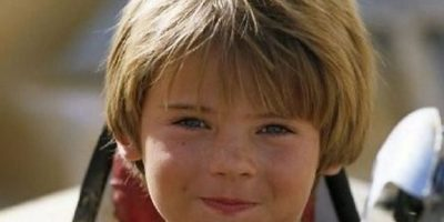 "2. Jake Lloyd personificó a ""Anakin Skywalker"" en ""Star Wars: la amenaza fantasma"", en 2001. Foto: vía 20th Century Fox"