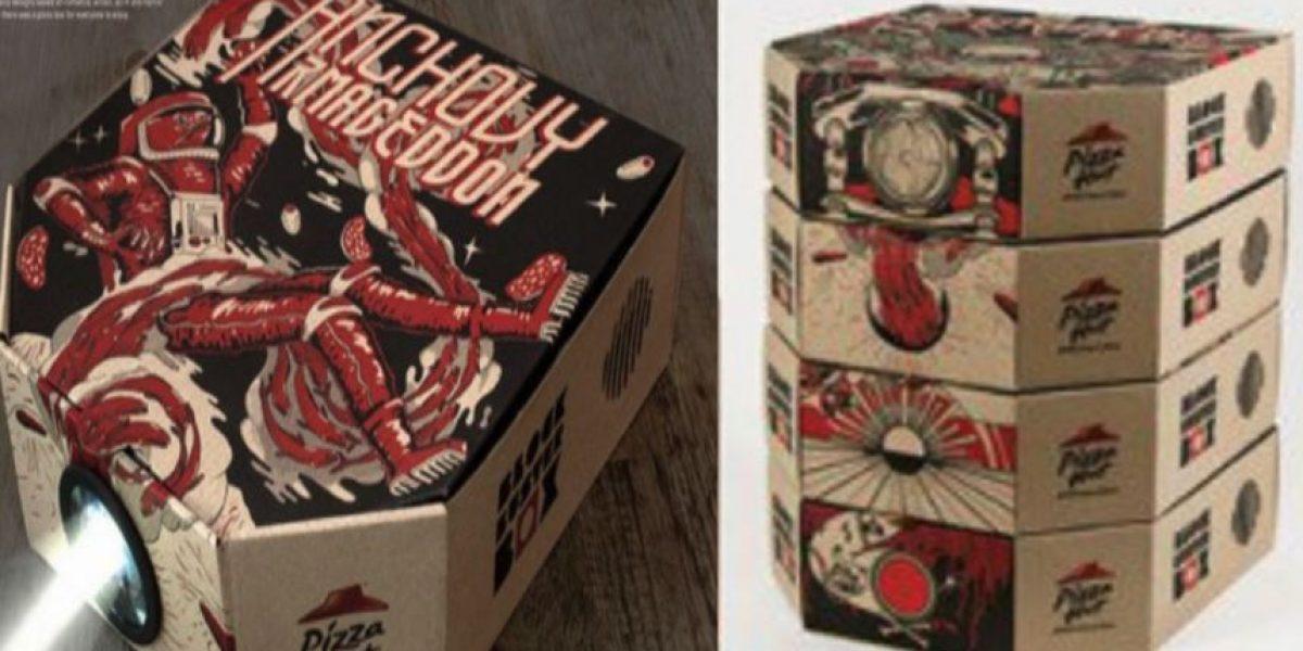 VIDEO: Esta caja de pizza se transforma en un proyector