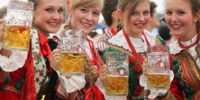 Se consumen 11 litros de alcohol per cápita por persona Foto:Getty Images