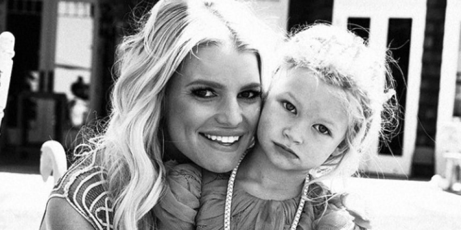 En más de una ocasión la cantante fue acusada ser poco responsable con el cuidado de sus hijos. Foto:vía instagram.com/jessicasimpson