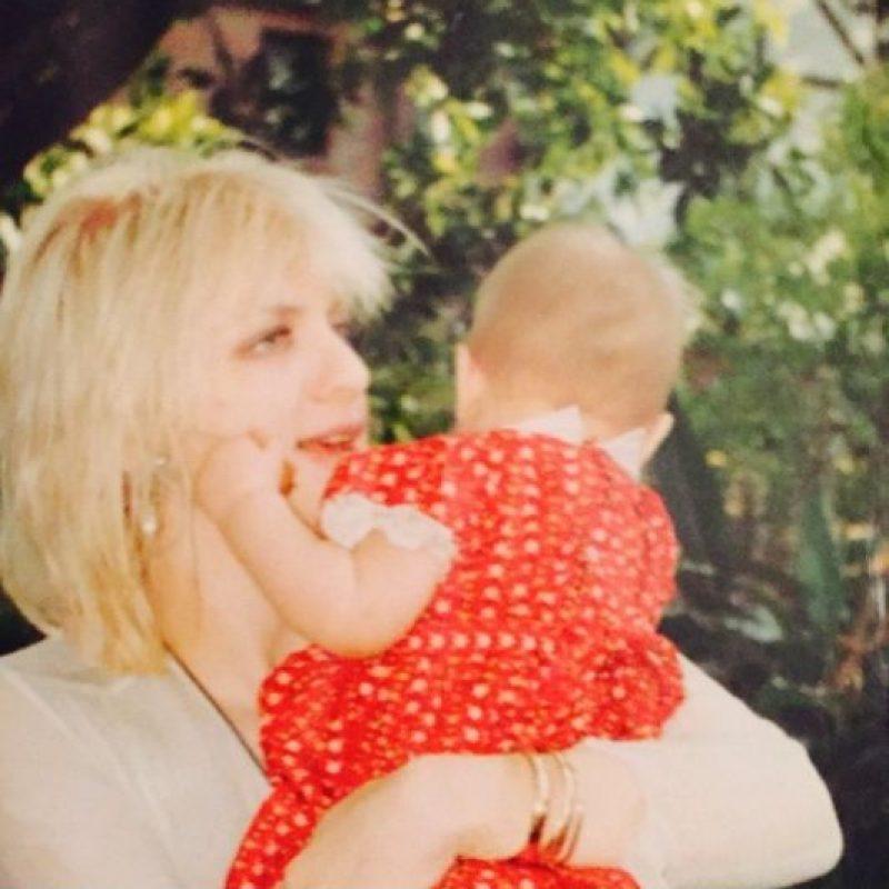"""En el documental, """"Kurt Cobain: Montage of Heck"""", explicó que consumía heroína mientras estaba embarazada: """"Me drogué una vez y luego me detuve. Sabía que mi hija iba a estar bien"""". Foto:vía instagram.com/courtneylove"""