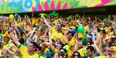 """El diario """"Fohla de Sao Paulo"""" habló también de una red liderada por el argentino Mohamadou Lamine Fotana, quien reunía boletos destinados para jugadores y Federaciones y las vendía en el mercado negro a un grupo selecto de personas adineradas con ganancias de 300 mil euros por partido. Foto:Getty Images"""