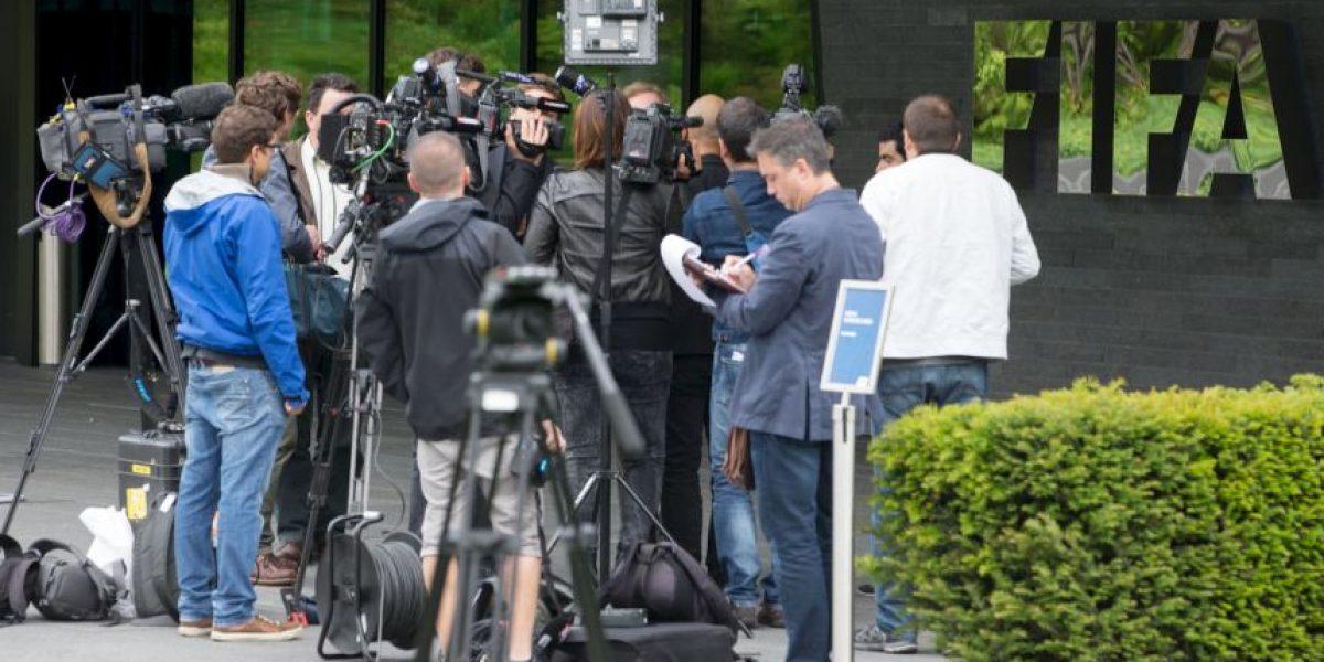 Recibir sobornos y comisiones ilegales es rutinario en la FIFA: Experto