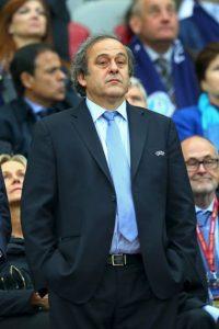 En años anteriores, el exfutbolista francés no se ha guardado duras críticas al organismo por varios de sus manejos. Foto:Getty Images