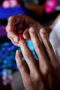 Enfermedades respiratorias, problemas de piel, cáncer, abortos espontáneos y malformaciones del feto si están embarazadas. Foto:Getty Images