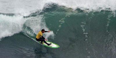 El mar impone respeto. Sobre todo con olas extremas. Foto:vía Getty Images