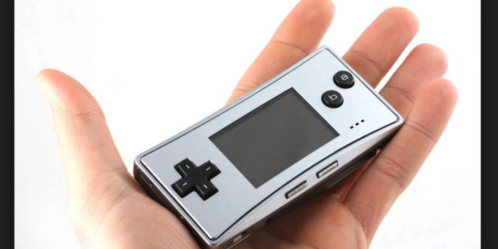 Game Boy Micro es la versión más actual de esta consola. Tiene nuevas características añadidas en la versión japonesa para hacerle compatible con la primera versión del Nintendo DS Foto:Nintendo