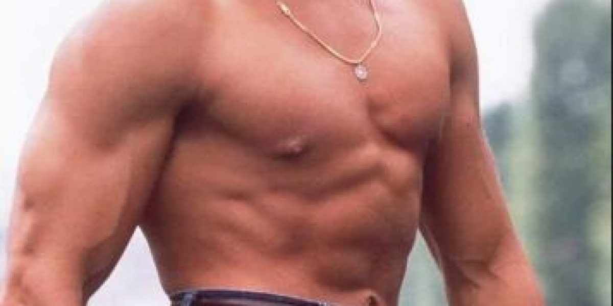 ¿Dónde quedó el abdomen tonificado de Jean-Claude Van Damme?