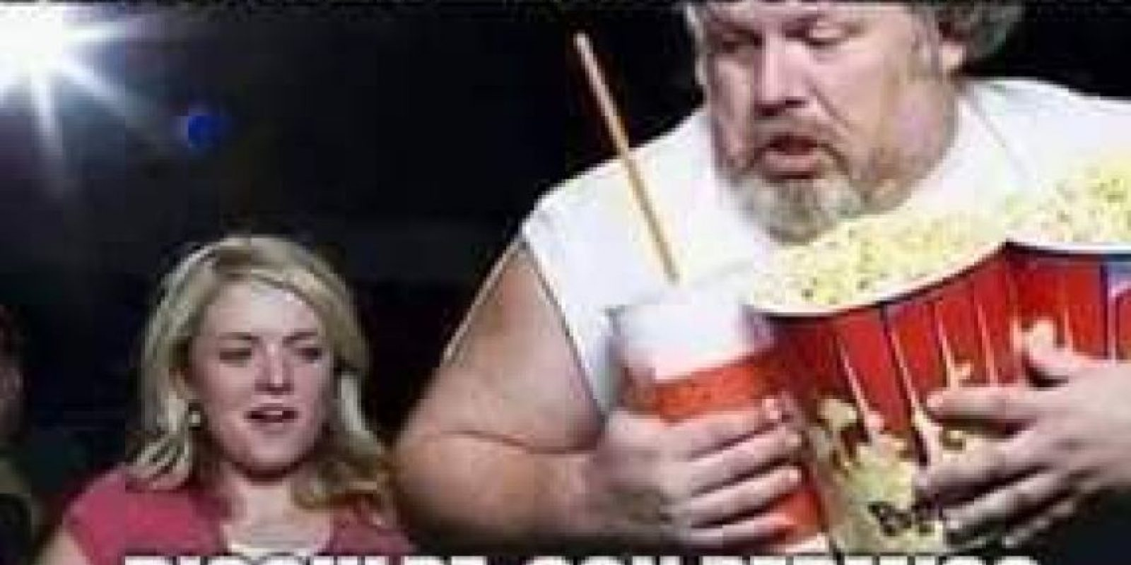 Este reemplazó a Michael Jackson comiendo palomitas. Foto:vía Facebook
