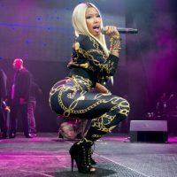 """Nicki Minaj fue famosa por sus looks artificiales, en los que parecía reina de los """"Oompa Loompas"""". Foto:vía Getty Images"""