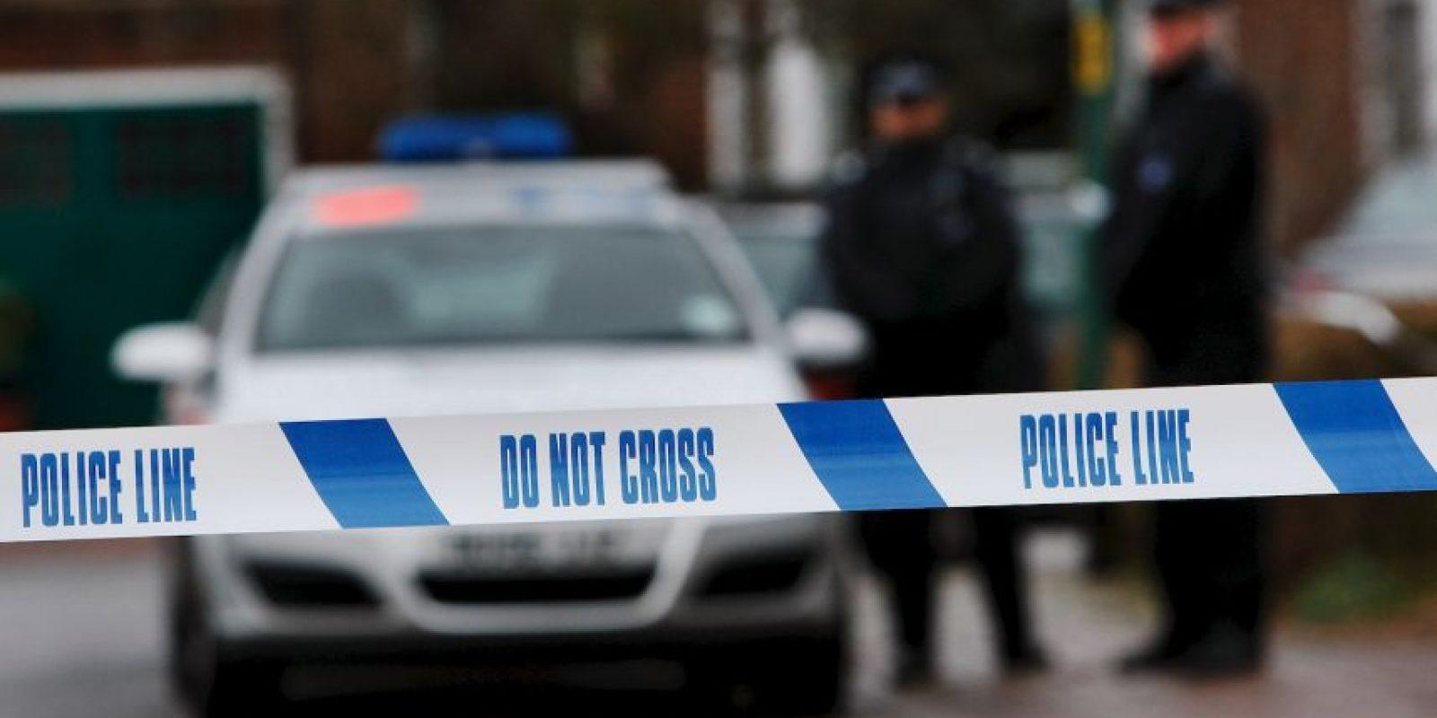 Detienen a un adolescente sospechoso de apuñalar a dos personas. Foto:Getty Images
