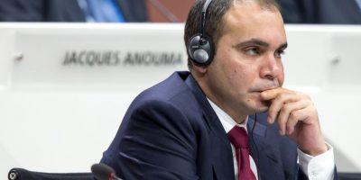 El otro candidato es el jordano Ali bin Al Hussein (39 años), presidente de la Asociación Jordana de fútbol Foto:Getty Images