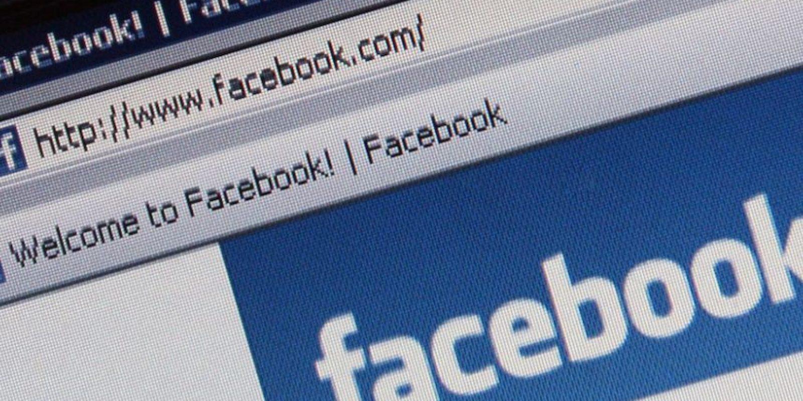 Los mexicanos son los millenials que más se conectan a Facebook vía móvil con un 88%. Foto:Getty Images