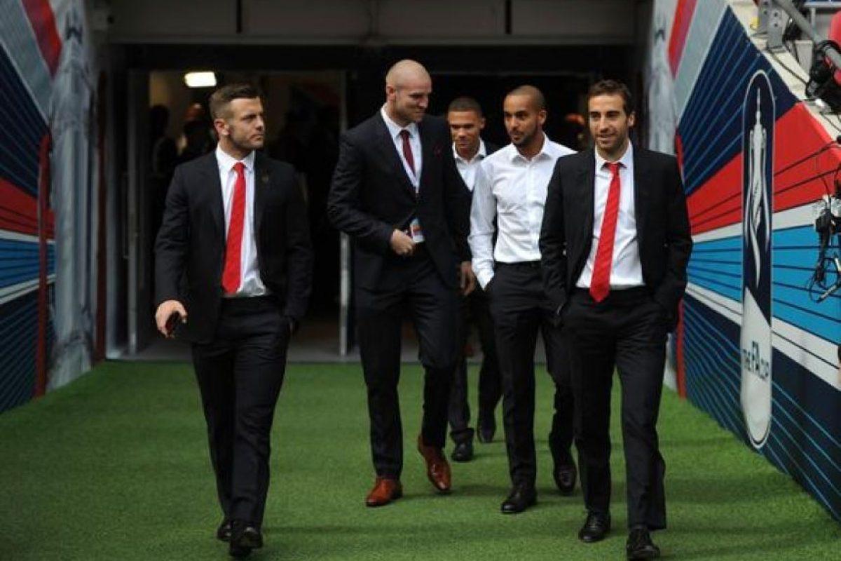 Los futbolistas del Arsenal reconocieron la cancha de Wembley.