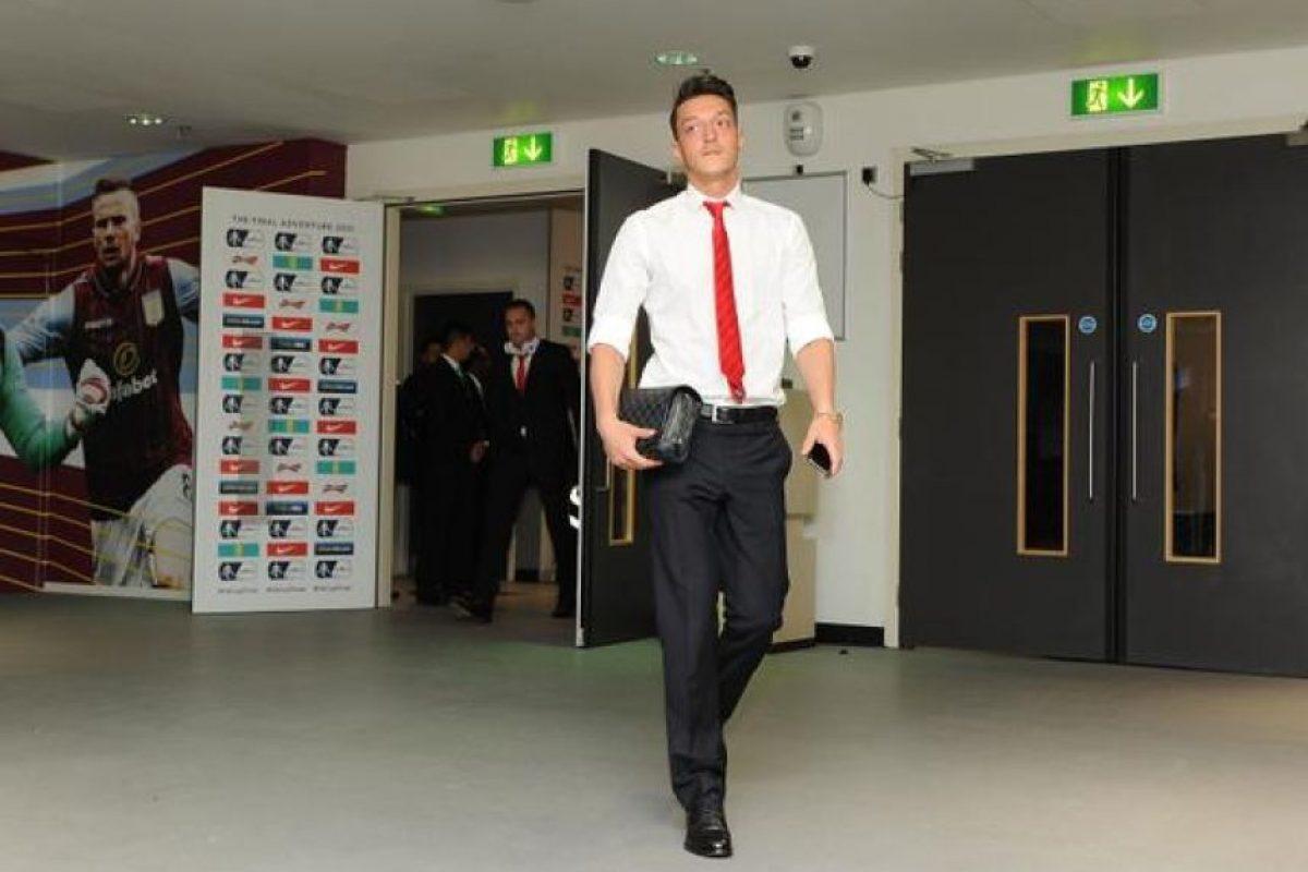 La llegada de los jugadores del Arsenal a Wembley. Foto:Vía twitter.com/arsenal