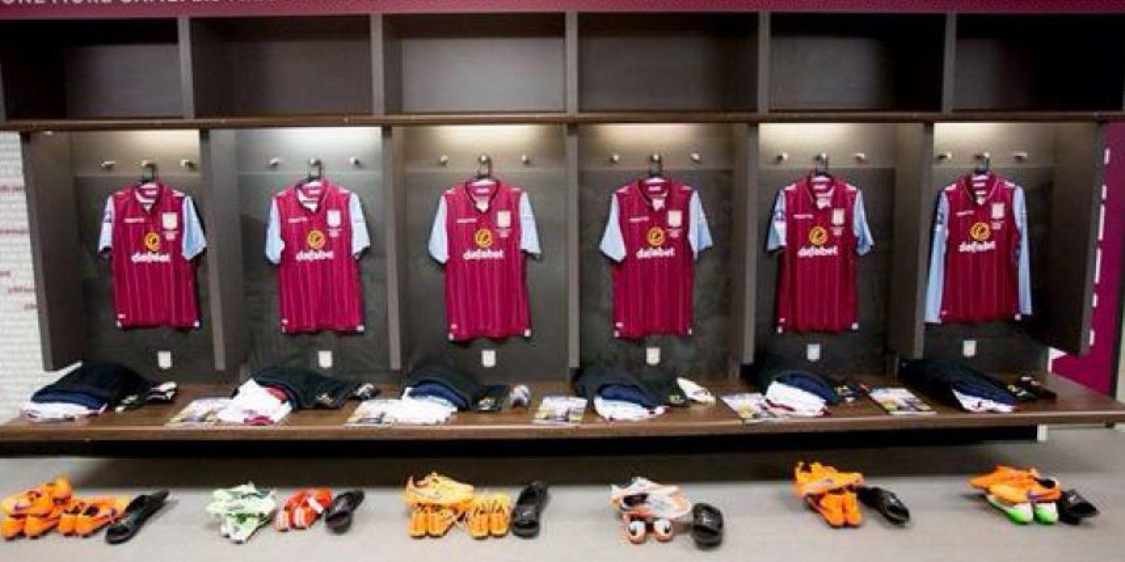 Y así el del Aston Villa. Foto:Vía twitter.com/AVFCOfficial