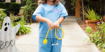 Una doctora. Foto:vía Etsy