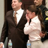 4. La Fiscalía en el caso aseguró que Anthony mató a su hija cubriéndole la boca y la nariz con cinta adhesiva y que lanzó el cuerpo en un terreno cercano a la residencia de sus padres. Foto:Getty Images