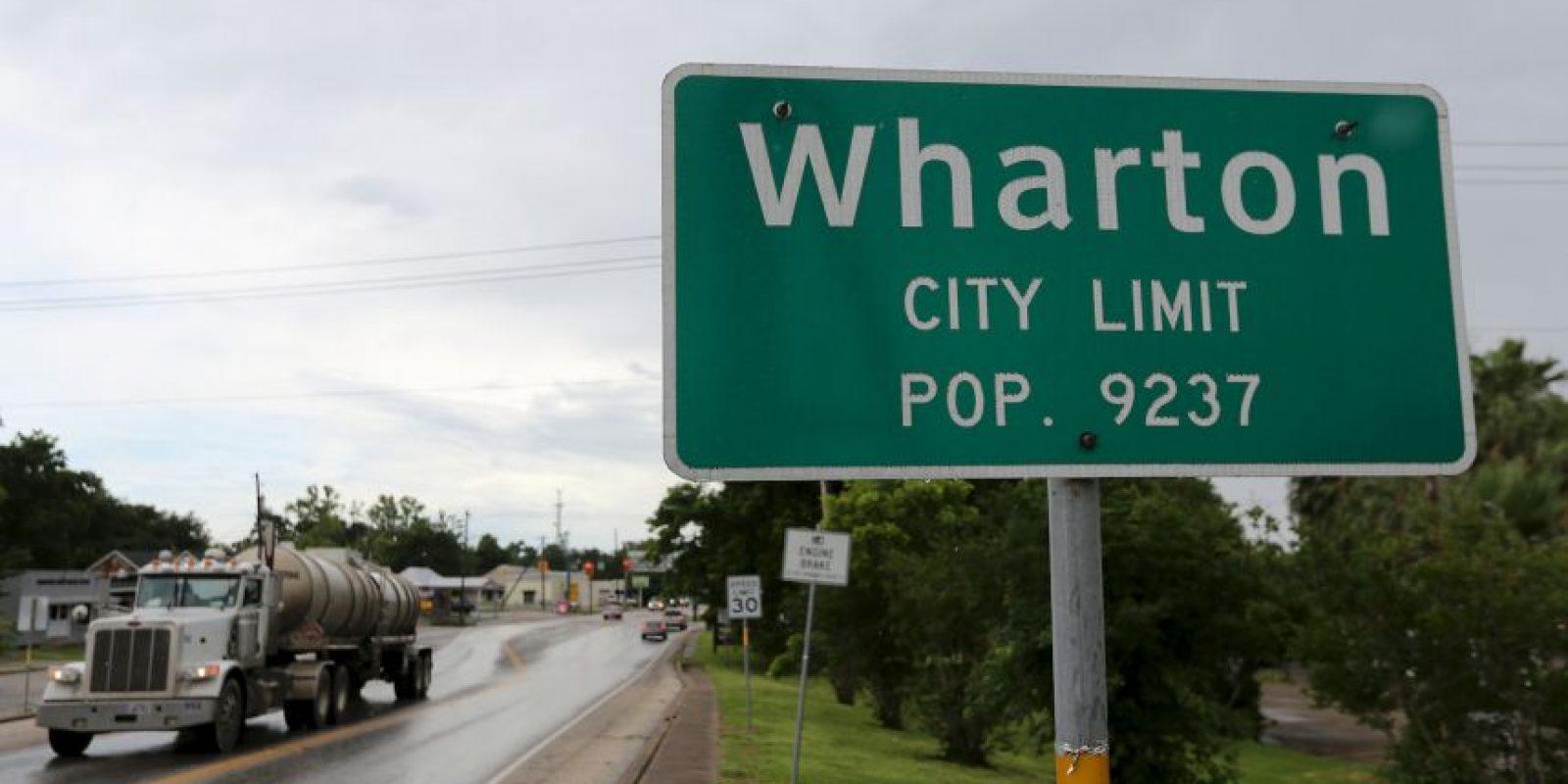 El gobernador de Texas, Greg Abbott, este viernes declaró en estado de desastre a otros 24 condados, aumentando a un total de 70. Foto:Getty Images