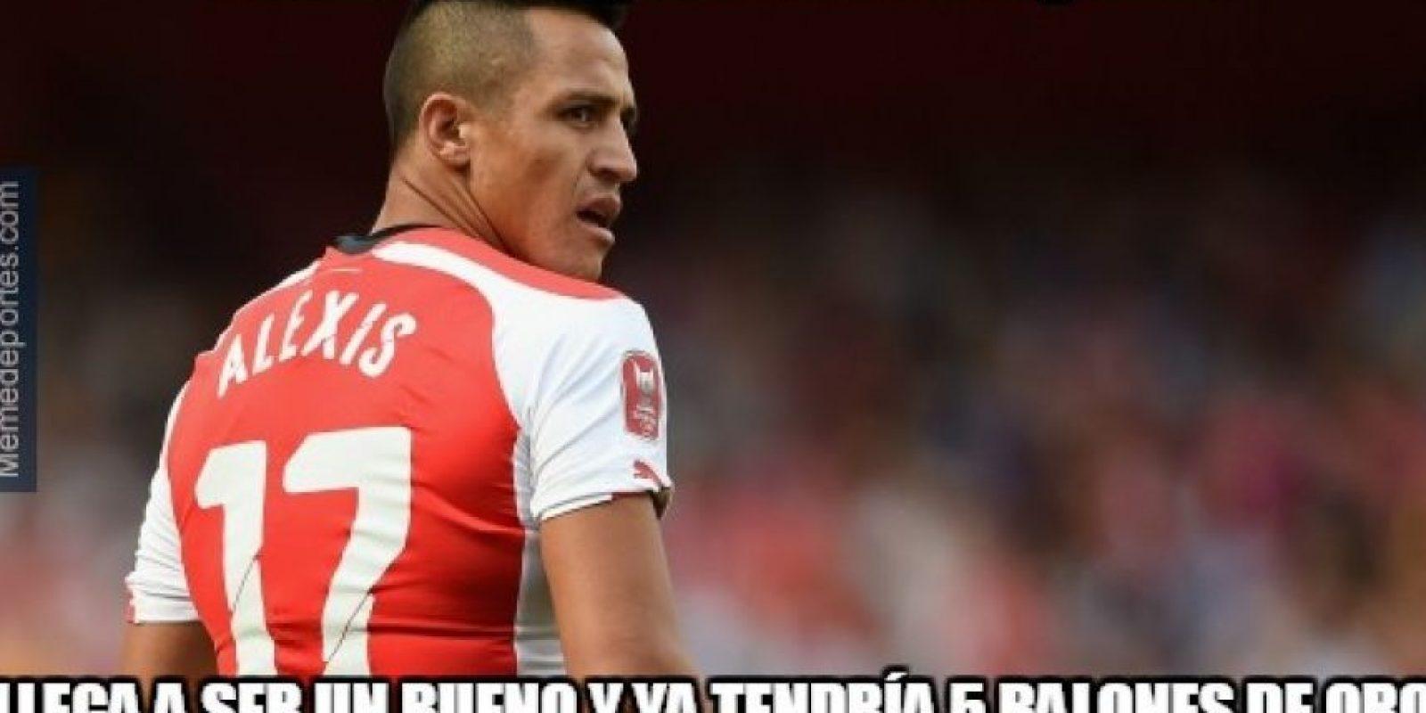 Alexis con un golazo y callando las críticas. Foto:memedeportes.com