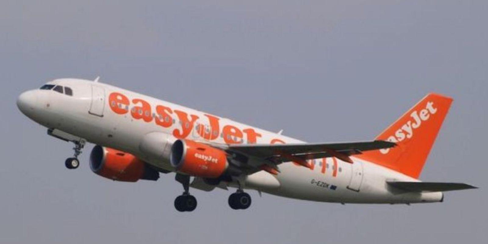 De hecho, la cinta se usa para hacer reparaciones rápidas que eviten los retrasos en los vuelos. Foto:vía Wikimedia