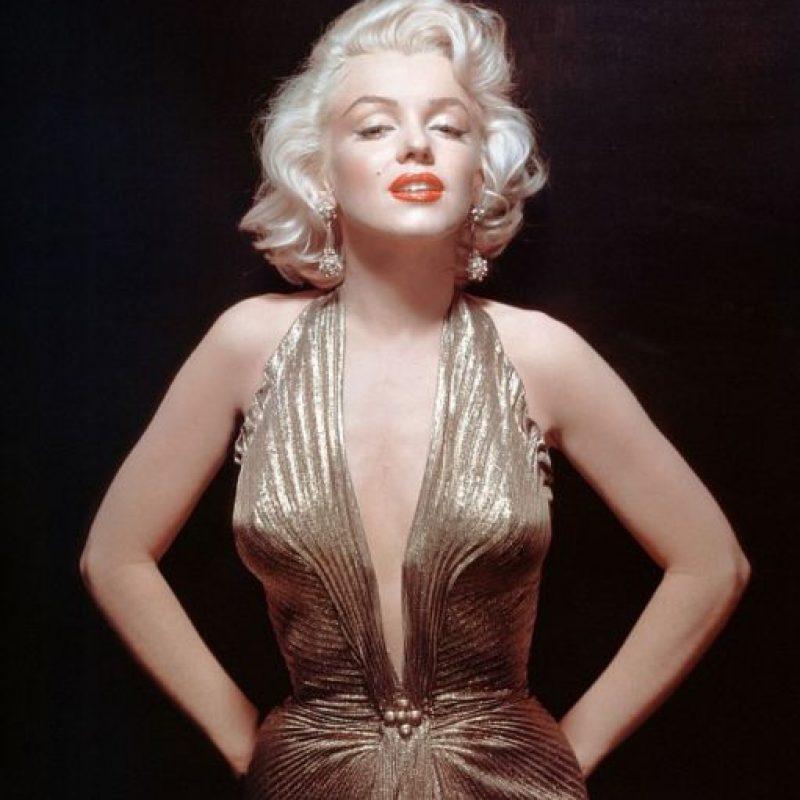 """Marilyn tuvo una vida tormentosa y a pesar de sí misma, talento extraordinario (vean """"Mi semana con Marilyn"""", con el ganador del Oscar Eddie Redmayne). Quizás alguien está muy lejos de igualar a la gran rubia. Foto:vía Getty Images"""