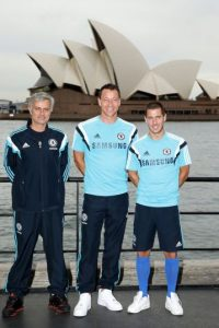 José Mourinho, entrenador; John Terry, capitán y Eden Hazard, figura del equipo inglés. Foto:Getty Images