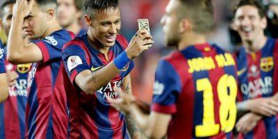 Y Neymar capturó en su móvil los momentos especiales de sus compañeros. Foto:AP