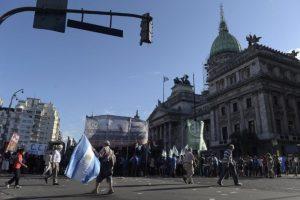 5. Posteriormente, el gobierno argentino firmó un Memorándum de Entendendimiento entre Argentina e Irán; algo a lo que la AMIA se opuso fuertemente. Foto:AFP